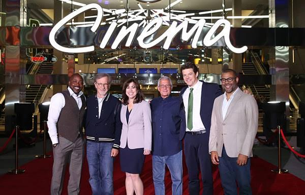 Universal CityWalk и Стивен Спилберг «Смотрите кино там, где его снимают…»