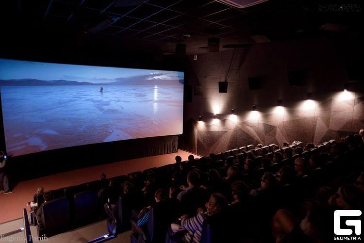 Парад кинотеатров Asia Cinema: «Mega Cinema» – новый формат кинодосуга!